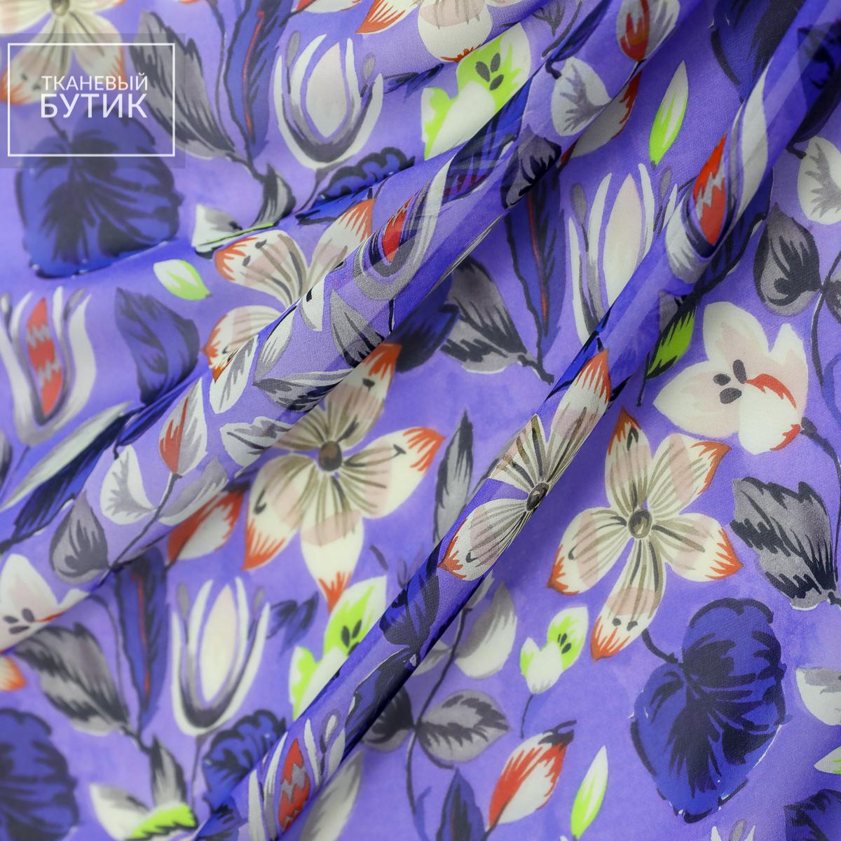Шифон фиолетовый с яркими цветочными элементами