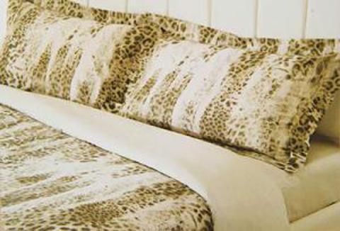 Постельное белье 2 спальное евро макси Roberto Cavalli Jaguar Oro