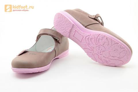 Туфли Тотто из натуральной кожи на липучке для девочек, цвет ирис серобежевый, 10204B. Изображение 9 из 16.