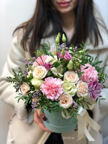 Цветыы в шляпной коробке #1883