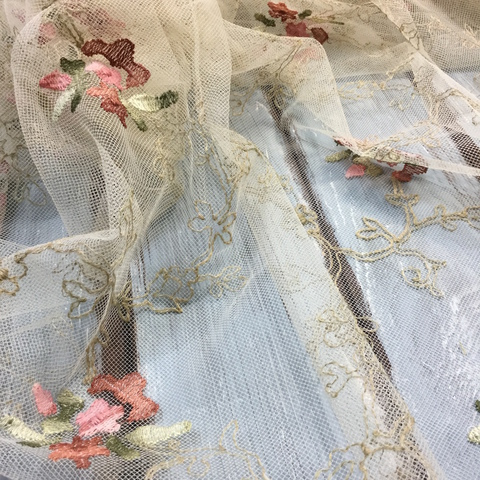 Сетка с вышивкой Tulle
