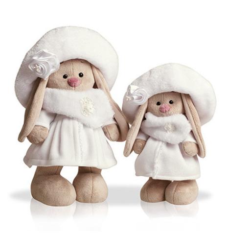 Зайка Ми в белом пальто (малая)