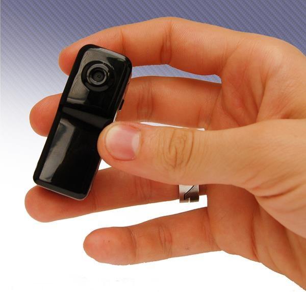 Миниатюрная видеокамера размером всего лишь с зажигалку