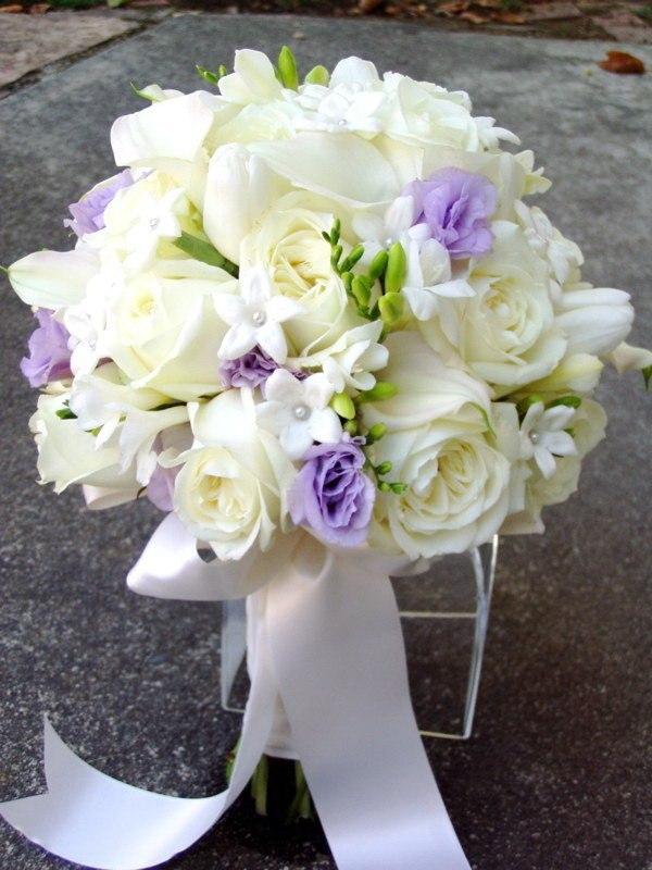 #букет невесты Алматы Эустома сиреневая + фрезии 16 тыс тг