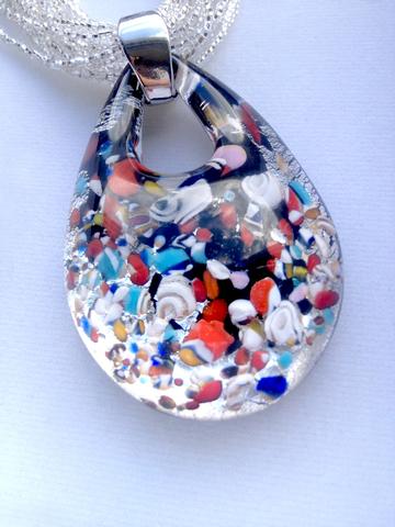 Кулон Арлекино серебристый из муранского стекла на бисере в 12 нитей