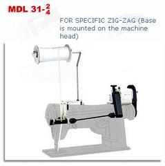Фото: Устройство механической подачи резинки (тесьмы) для зигзага Racing MDL 31-2