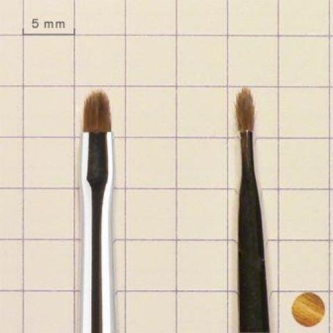 кисточка для прорисовки мелких деталей