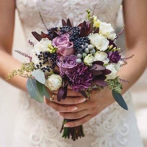 Букет нареченої Весільний фіолет ціна 1 710 грн купити букет з ... 2dafd14c12933