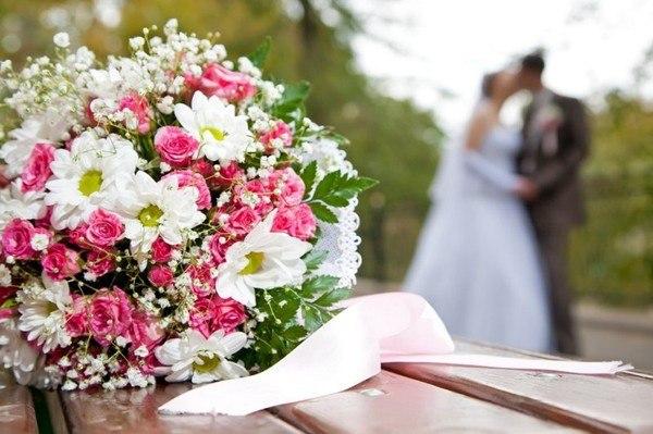 Букет из розы спрей 11 тг Алматы