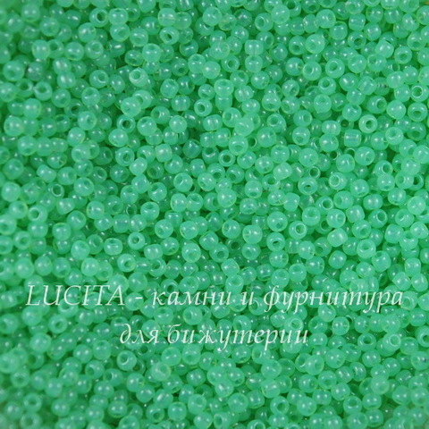 1144 Бисер японский TOHO 11/0, молочный киви