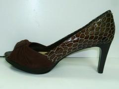Женские кожаные туфли Via Uno 11033502