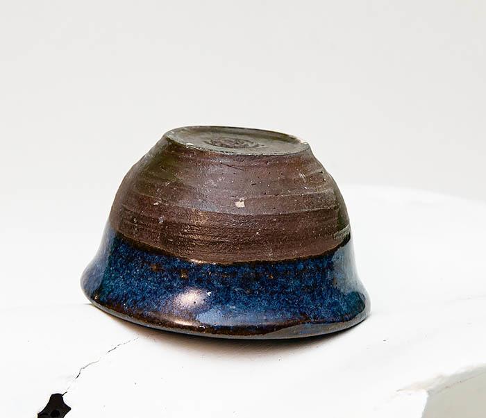 CUP111 Керамическая пиала ручной работы с глазурью синего цвета фото 03