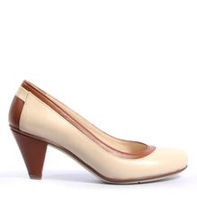 Туфли кожаные молочного цвета