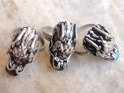 Перстень Дракон с камнем № 17