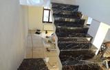 Ступени лестницы из натурального мрамора