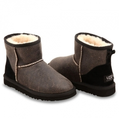 /collection/classic-mini/product/ugg-classic-mini-bomber-black