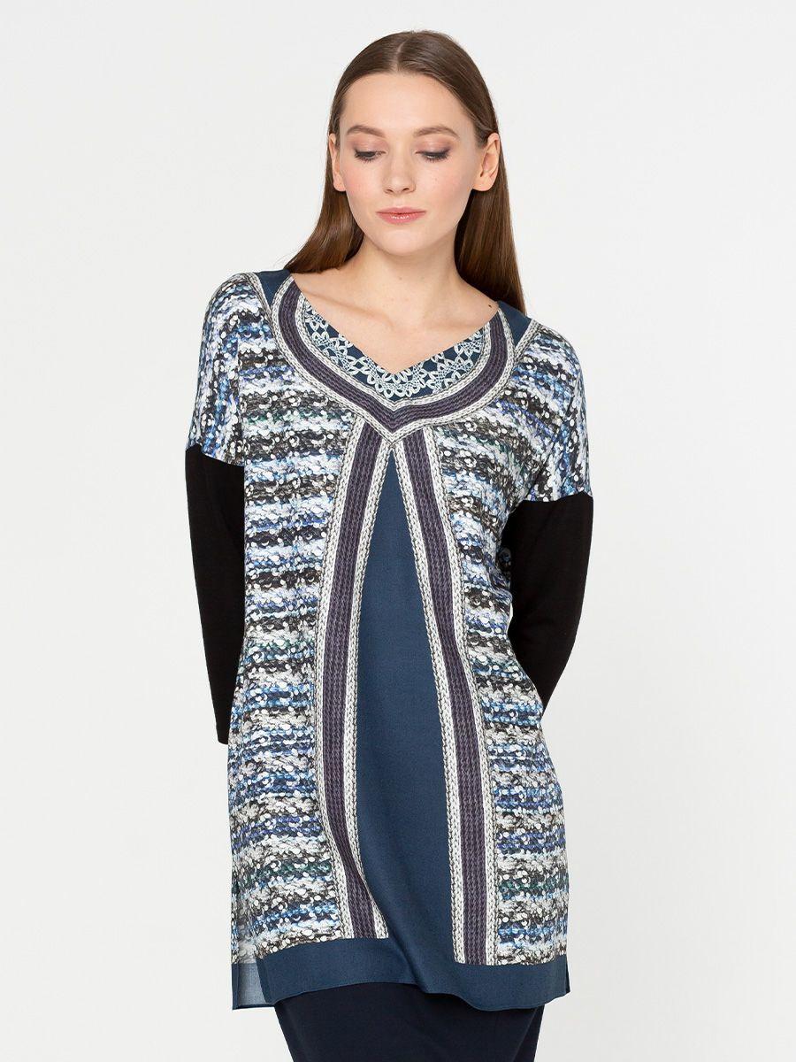 Блуза Г474-515 - Удлиненная блуза-туника свободного силуэта со спускным плечом и трикотажным рукавом 3/4. Оригинальный принт имитирует жилет одетый поверх однотонной блузы.