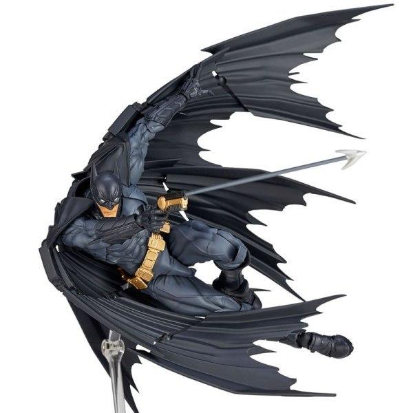 ДС комикс Бэтмен фигурка Amazing Yamaguchi