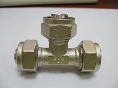Тройник цанга/цанга/цанга, 16 мм х16 мм х16 мм, FORNARA