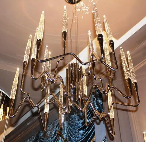 il pezzo mancante  3 chandelier