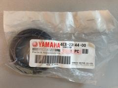 Пыльник передней вилки  Yamaha 4EB-23144-00-00  (41x53,5x13,5)