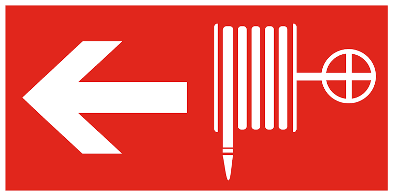 F30 комбинированный знак пожарной безопасности - пожарный кран налево