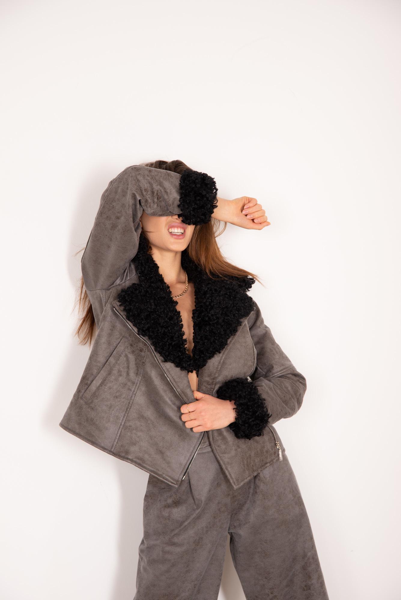 Куртка из ЭКО-кожи и ЭКО-меха