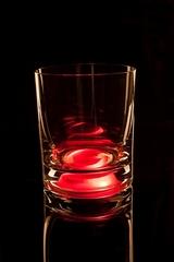 Светящийся стакан для виски GlasShine, красный