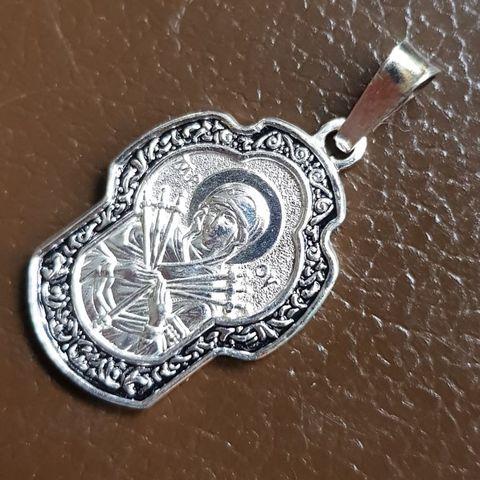 Нательная икона Божия Матерь Семистрельная с серебрением кулон с молитвой