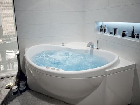 Ванна акриловая угловая ЭПСИЛОН 150х150 AQUATEK (с каркасом и фронтальной панелью)