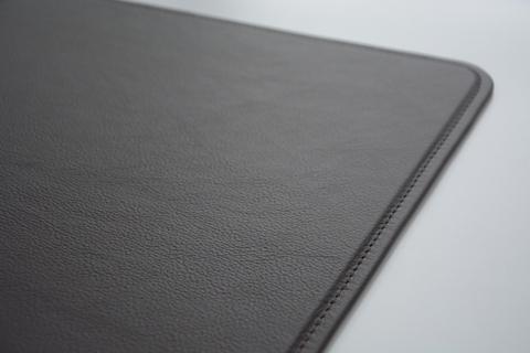 Купить кожаный бювар Модерн 60х40см на стол руководителю.