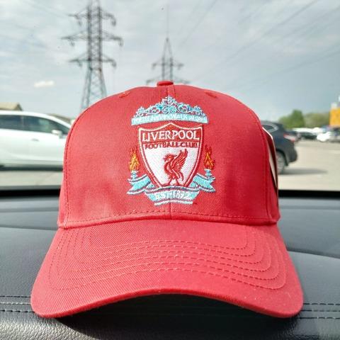 Кепка Ливерпуль красная (Liverpool)