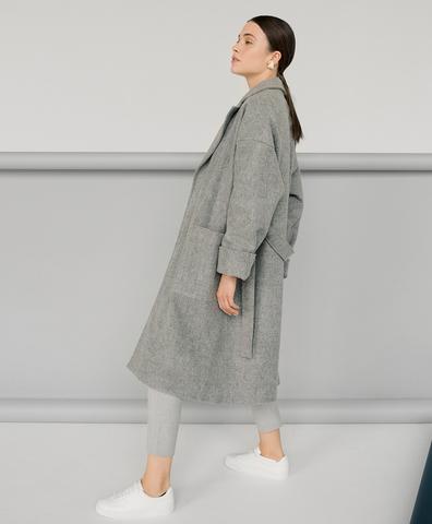 Пальто с карманами светло-серое