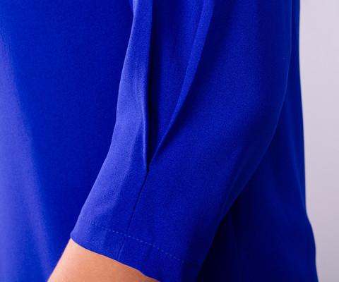 Кортні. Гарна жіноча блузка плюс сайз. Електрик.