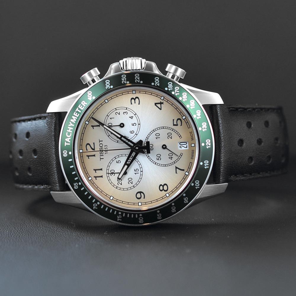 К армейским механическим наручным часам предъявляются следующие требования: здравствуйте, подскажите, пожалуйста, есть ли в продаже часы из комплекта ратник с водонепроницаемостью до 10 атм метров?