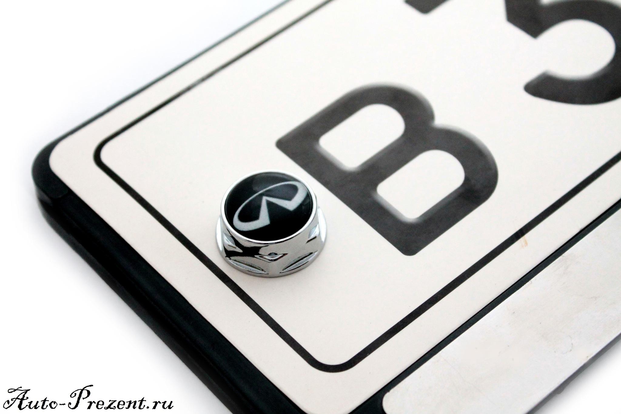 Болты для крепления госномера с логотипом INFINITI