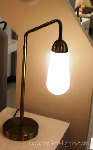 _ Lariat _Apparatus _table_lamp_replica_lights