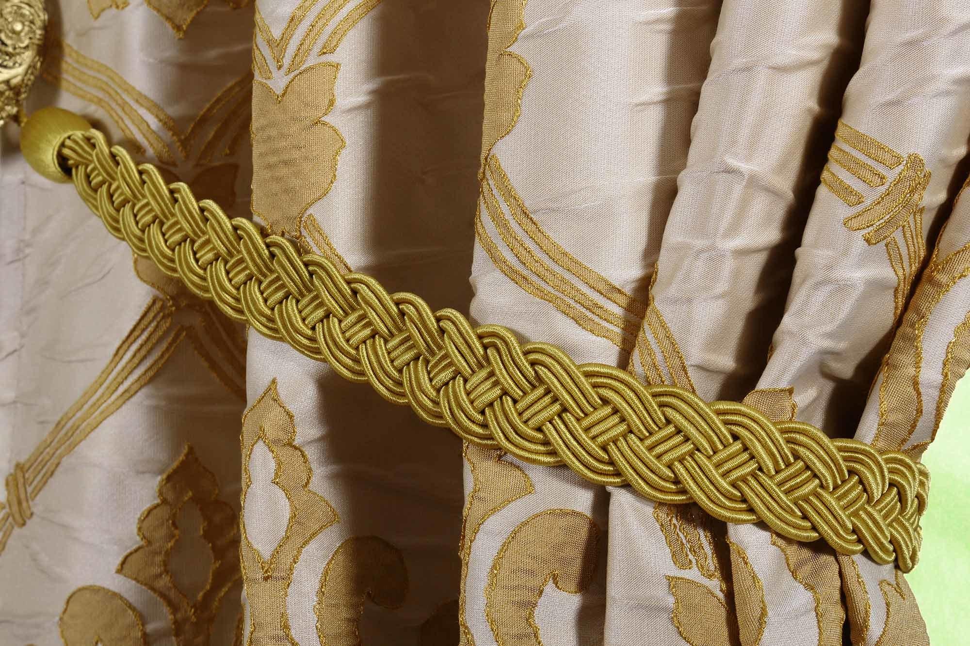 Готовая штора. Мягкая портьера с классическим рисунком в стиле Дамаск Регина-5