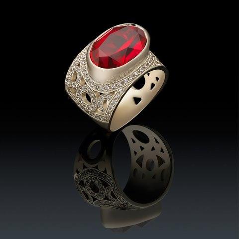 Золотой перстень с крупным корундом и бриллиантами LAPANINA