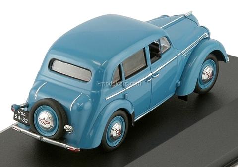 Moskvich-400 light blue 1954 IST113 IST Models 1:43