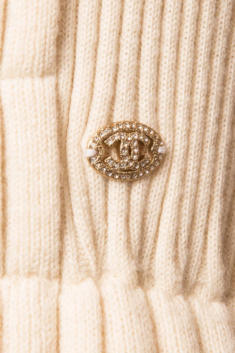 Женственное трикотажное платье кремового цвета от Chanel, 36 размер.