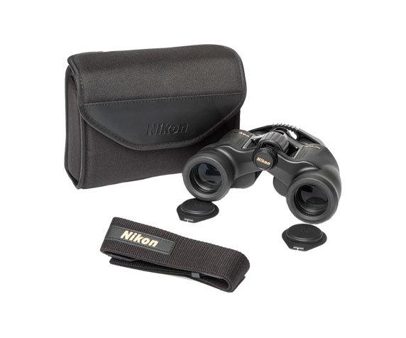 Бинокль Nikon Aculon A211 7x35: футляр и ремень