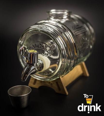 Диспенсер для напитков 1 л. на деревянной подставке