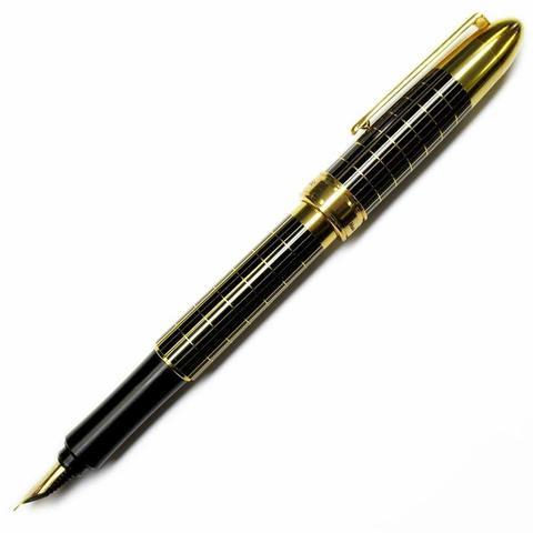 Перьевая ручка Ohto Majestic FF-20MJ (черная, перо Fine)