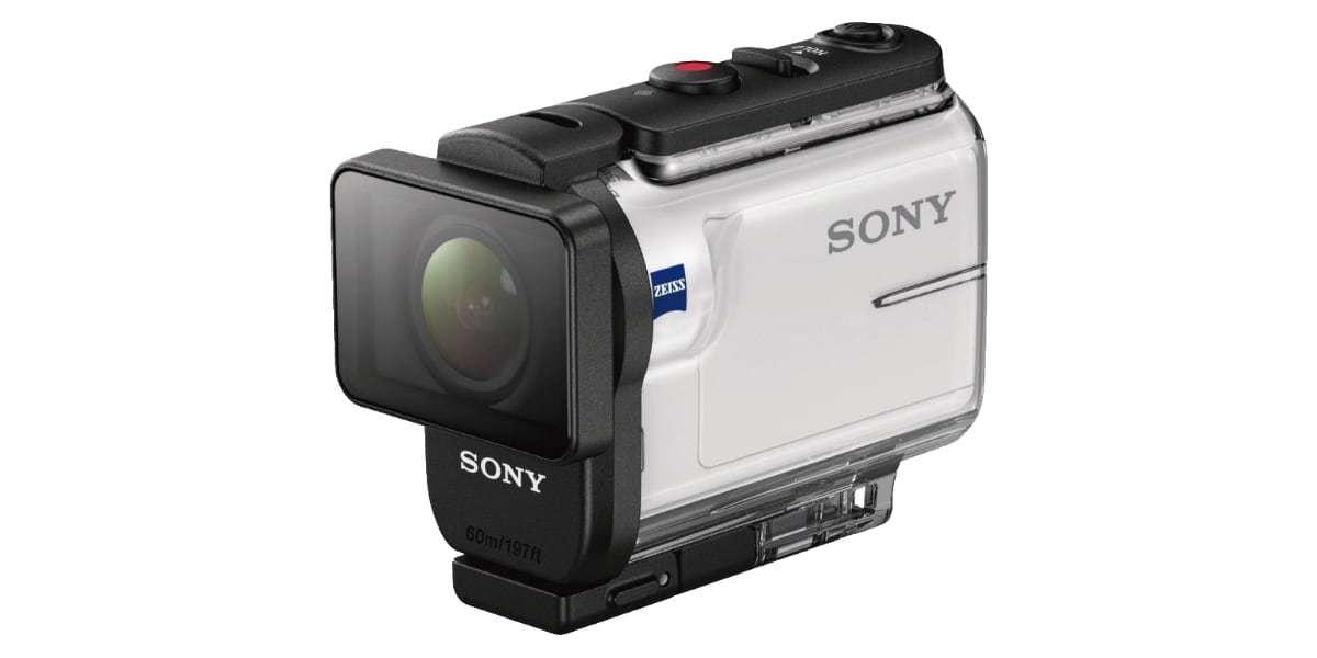 Экшн-камера Sony HDR-AS300R в боксе спереди