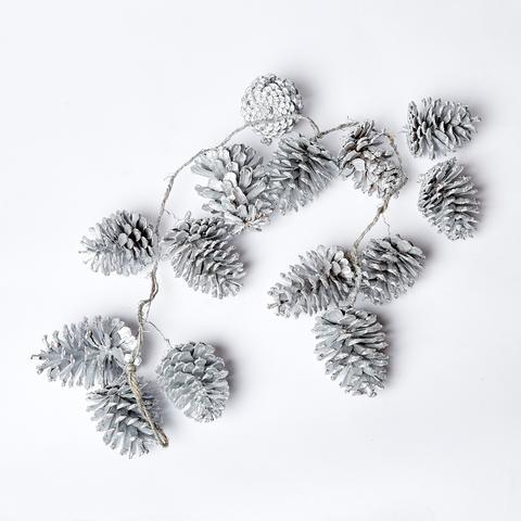 Гирлянда из шишек серебряных 100 см