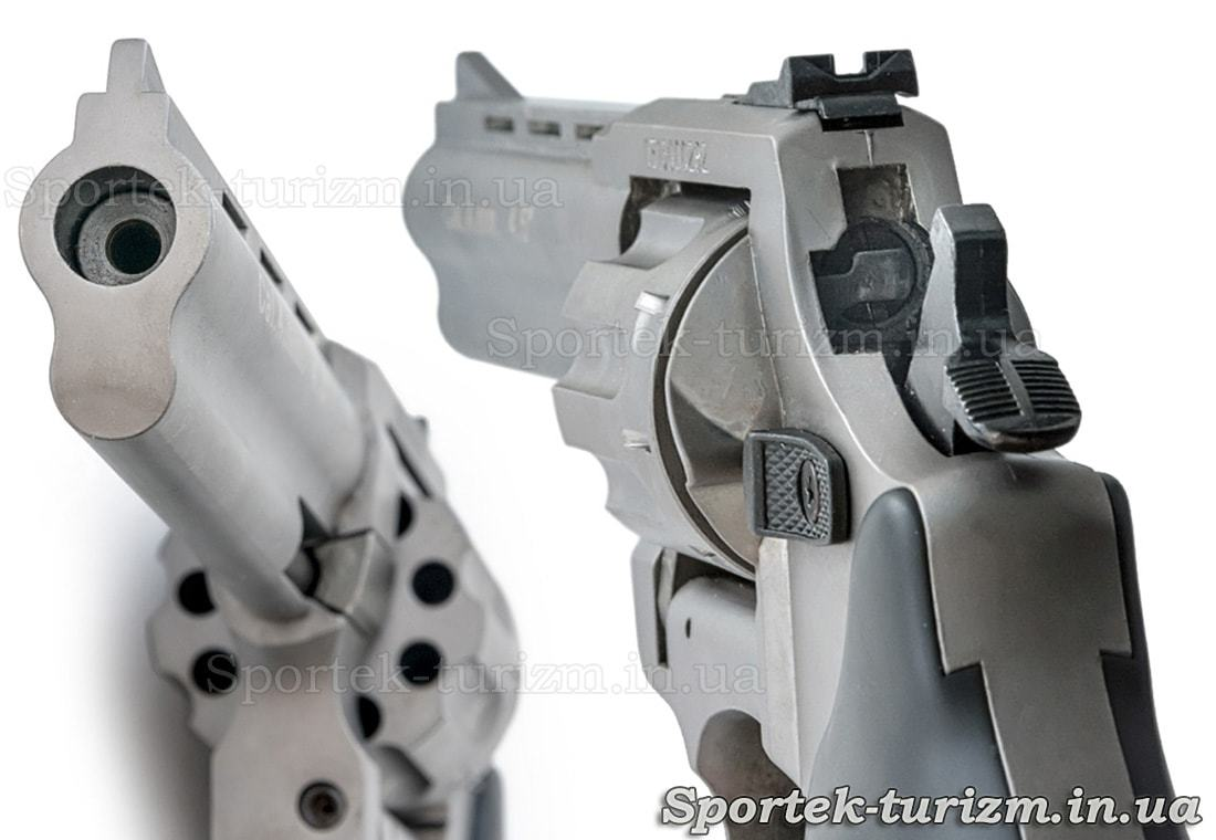 Вид на ствол и затвор револьвера Сталкер под патрон флобера 4мм серебристый.