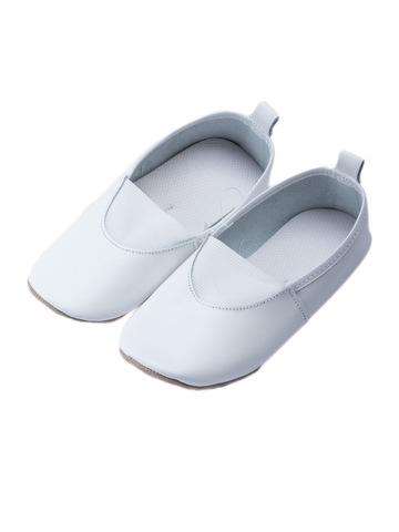 Чешки белые для малышей