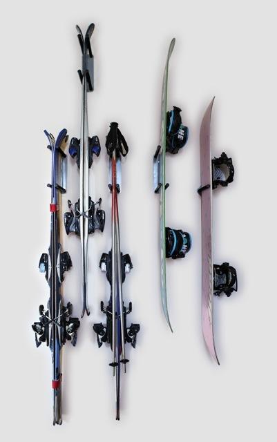 крепление лыж на стену