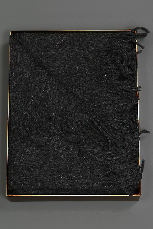 Пледы Плед 150х200 Galata от Hamam серый elitniy-pled-galata-temno-seriy-ot-hamam-turtsiya.jpg